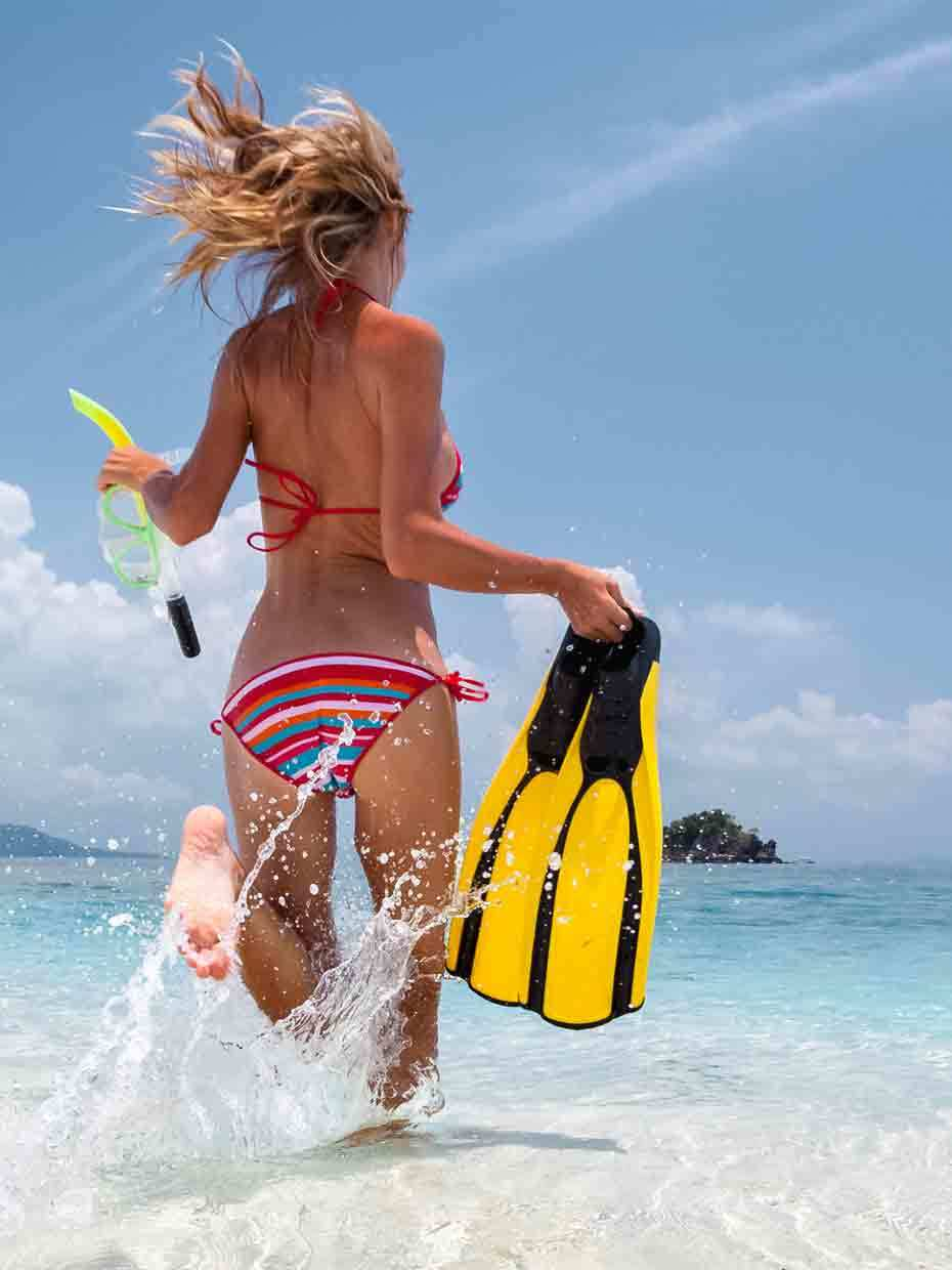 ZigZag Whitsundays day tour with two Airlie Beach Snorkelling locations