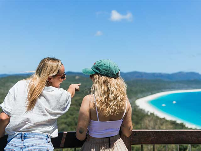 2 ladies at south Whitehaven lookout